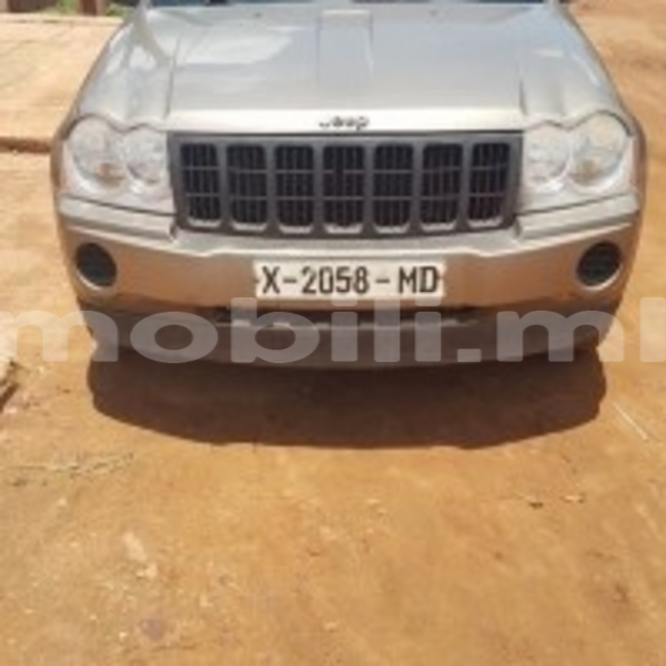 Big with watermark b30e0741b843 thumb jeep grand cherokee a vendre 2