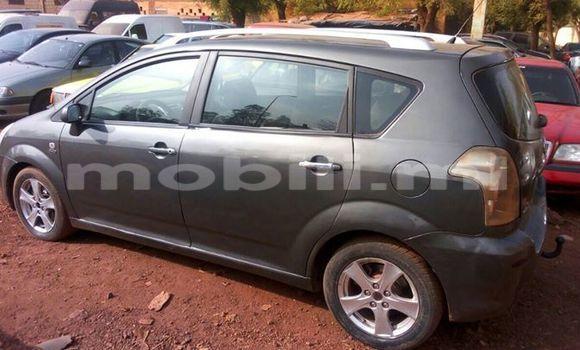 Acheter Occasions Voiture Toyota Verso Noir à Bamako au Mali