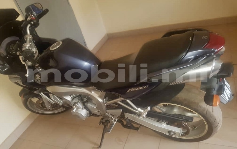 Big with watermark yamaha fazer mali bamako 7974