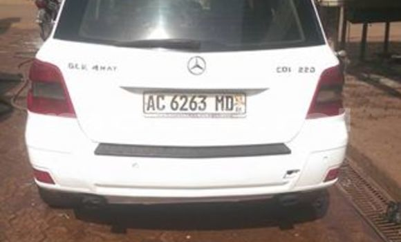 Acheter Occasion Voiture Mercedes‒Benz GLK–Class Blanc à Bamako, Mali