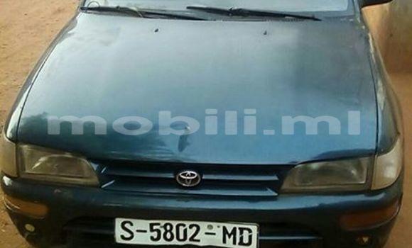 Acheter Occasion Voiture Toyota Corolla Bleu à Bamako, Mali