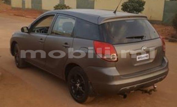 Acheter Occasion Voiture Toyota Matrix Noir à Bamako au Mali