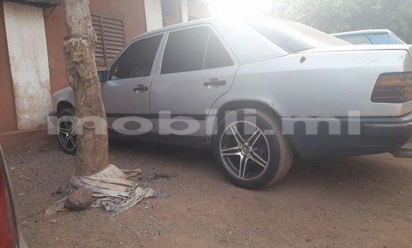 Acheter Occasion Voiture Mercedes‒Benz 300–Series Gris à Bamako, Mali