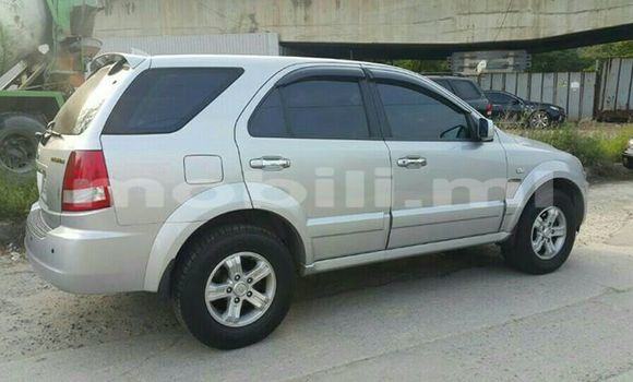 Buy Used Kia Sorento Silver Car in Bamako in Mali
