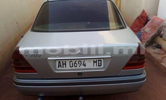 Acheter Occasion Voiture Mercedes‒Benz 200 Gris à Bamako, Mali