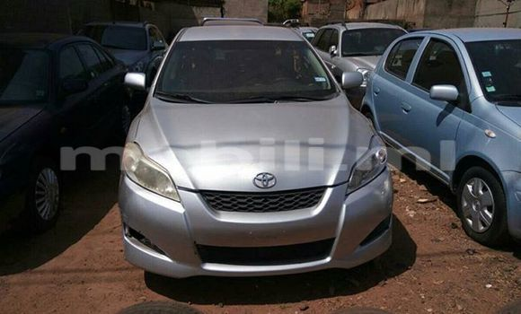 Acheter Occasion Voiture Toyota Matrix Gris à Bamako au Mali