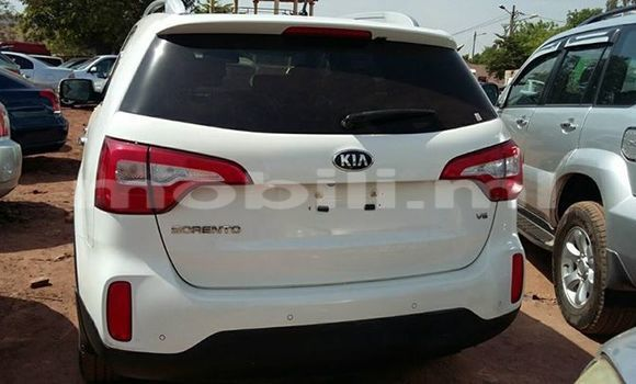 Buy Used Kia Sorento White Car in Bamako in Mali
