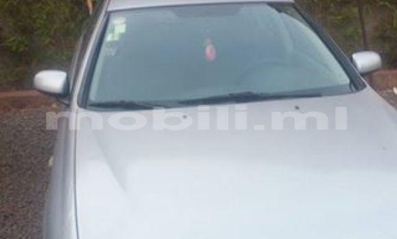 Acheter Occasion Voiture Nissan Almera Gris à Bamako au Mali