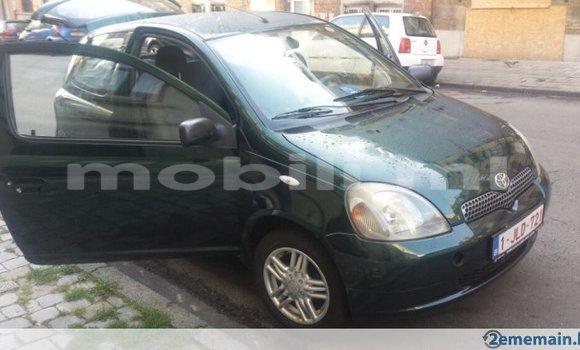 Acheter Occasions Voiture Toyota Yaris Vert à Bamako au Mali