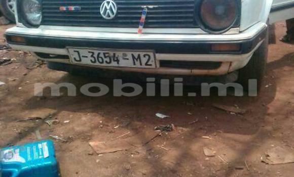Acheter Occasion Voiture Volkswagen Golf Blanc à Bamako, Mali
