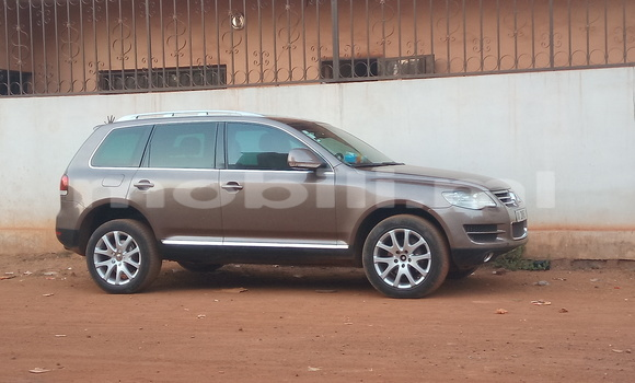 Acheter Occasion Voiture Volkswagen Touareg Gris à Bamako au Mali