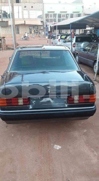 Big with watermark mercedes benz 190 series mali bamako 8781