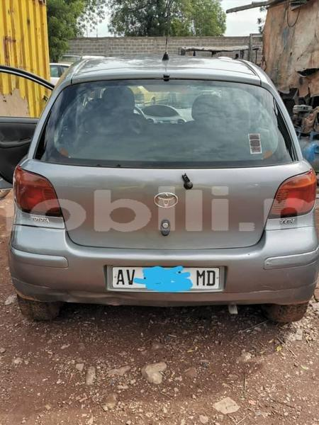 Big with watermark toyota yaris mali bamako 8916