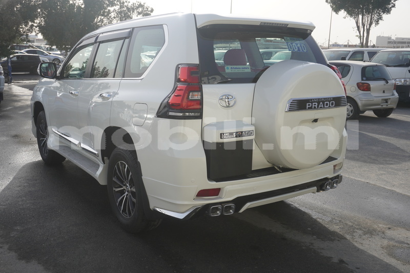Big with watermark toyota prado mali import dubai 9038