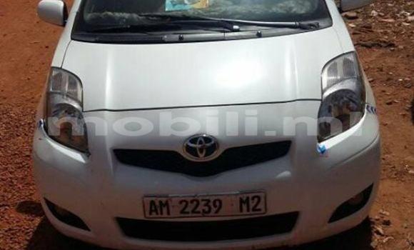 Acheter Occasion Voiture Toyota Yaris Blanc à Bamako, Mali