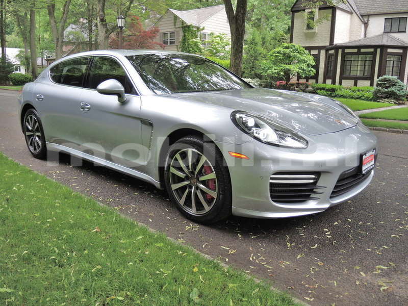 Big with watermark 2015 porsche panamera pic 8742621671234930941 1024