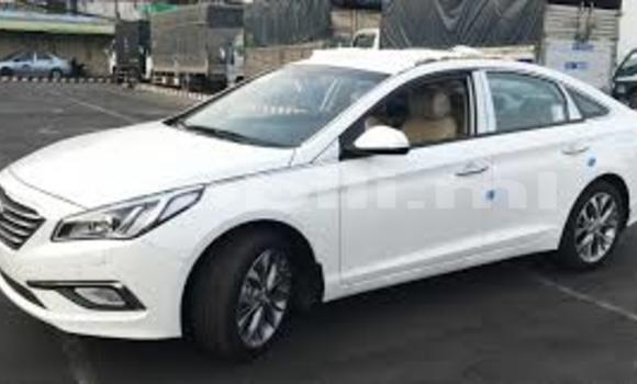 Acheter Neuf Voiture Hyundai Sonata Blanc à Bamako au Mali