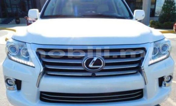 Acheter Occasion Voiture Lexus LX Blanc à Bamako au Mali