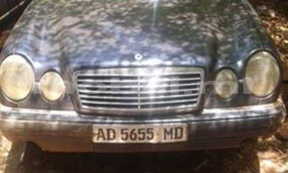 Acheter Occasion Voiture Mercedes‒Benz 200 Bleu à Bamako au Mali
