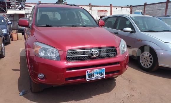 Acheter Occasion Voiture Toyota RAV4 Rouge à Bamako au Mali