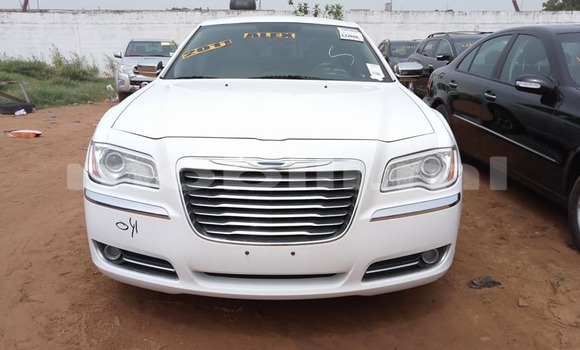 Acheter Occasion Voiture Chrysler 300 Blanc à Bamako, Mali