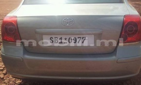 Acheter Occasion Voiture Toyota Avensis Gris à Bamako au Mali