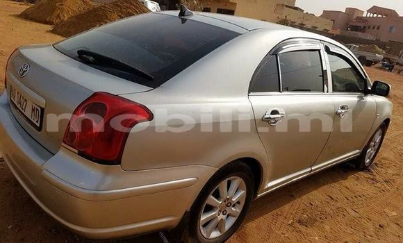 Buy Used Toyota Avensis Silver Car in Bamako in Mali