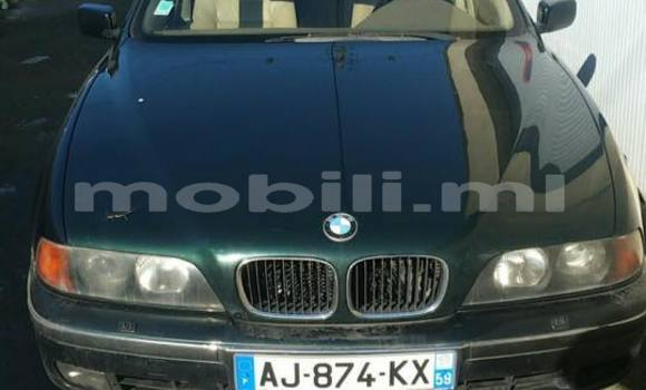 Buy Used BMW 5-Series Blue Car in Bamako in Mali
