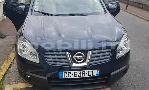 Buy Used Nissan Qashqai Blue Car in Bamako in Mali