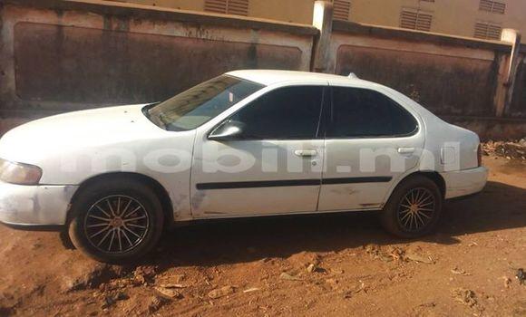 Acheter Occasion Voiture Nissan Altima Blanc à Bamako au Mali