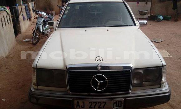 Acheter Occasion Voiture Mercedes‒Benz 250 Blanc à Bamako au Mali