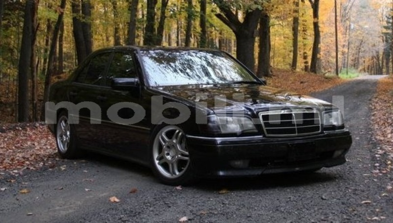 Big with watermark mercedes class c