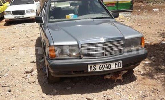 Acheter Occasion Voiture Mercedes‒Benz 190 Gris à Bamako au Mali