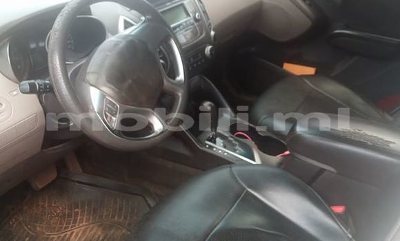 Acheter Occasions Voiture Hyundai Tucson Blanc à Bamako au Mali