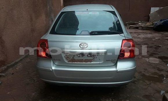 Acheter Occasions Voiture Toyota Avensis Gris à Bamako au Mali