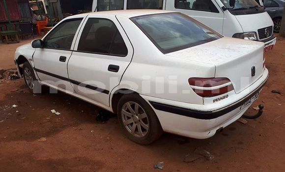Acheter Occasions Voiture Peugeot 406 Blanc à Bamako au Mali