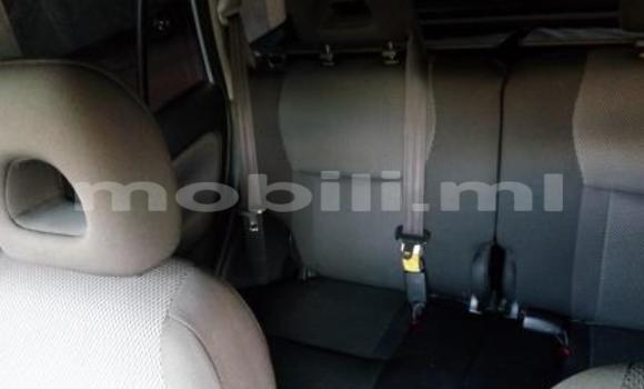 Acheter Occasions Voiture Toyota RAV4 Gris à Bamako au Mali